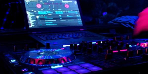 Interfaz de audio para DJ
